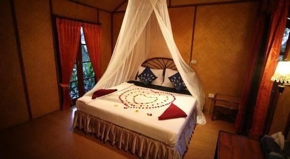 Tropical Garden Lounge Hotel & Resort