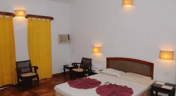 Sea Breeze Inn Resort