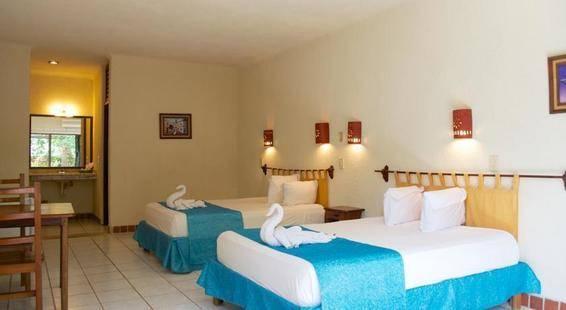 Pelicano Inn Hotel