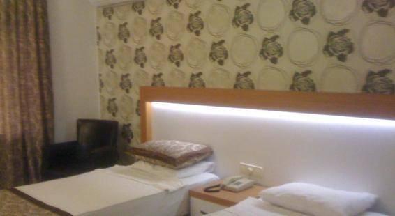 Diamore Hotel
