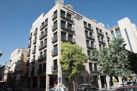Eyal Hotel