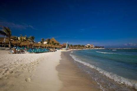 Catalonia Yucatan Beach