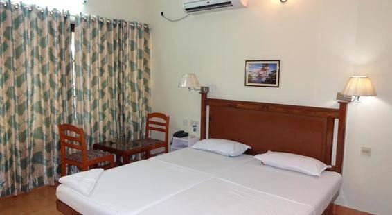 Thushara Hotel