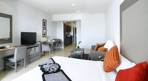 Classic Kameo Hotel & Serviced Apartments