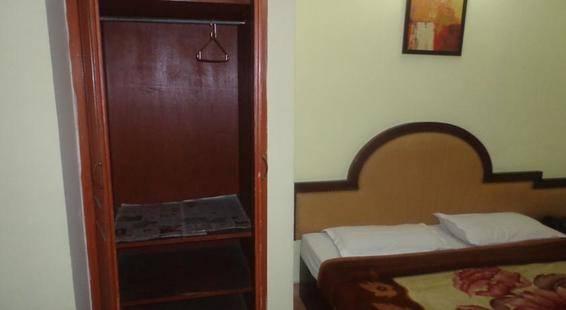 Harjas Palace Hotel