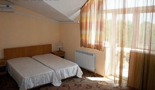 Юлиана Отель