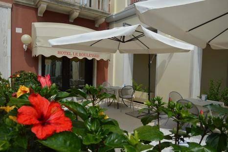 Le Boulevard Hotel