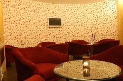 White Klove Deluxe Hotel