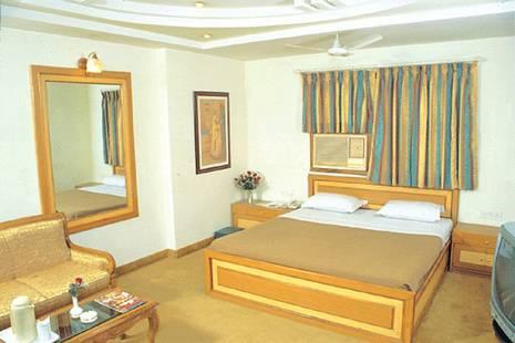 Swati Deluxe Hotel