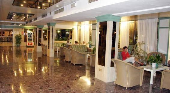 Trianflor Hotel