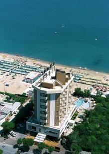 Alexandra Plaza Hotel