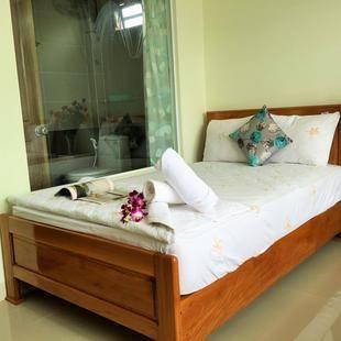 Ivory Coast Hotel