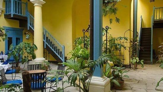 Beltran De Santa Cruz Hotel