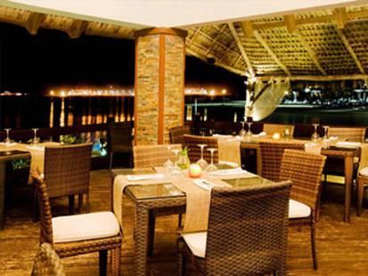 Oasis Canoa Beach Resort & Spa
