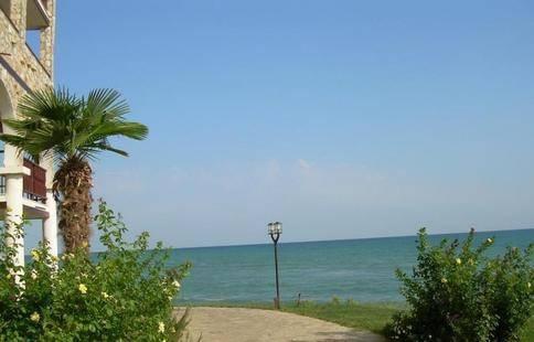 Dinevi Resort First Line
