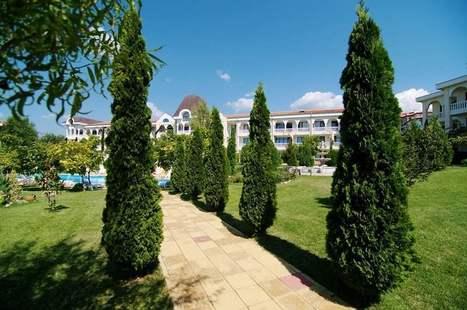 Dinevi Resort Second Line