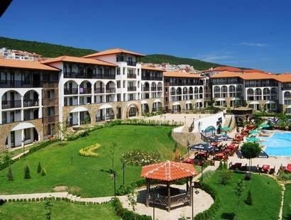 Dinevi Resort Third Line