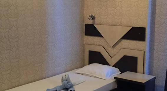 Elvira Hotel