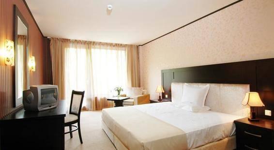Morsko Oko Garden Hotel