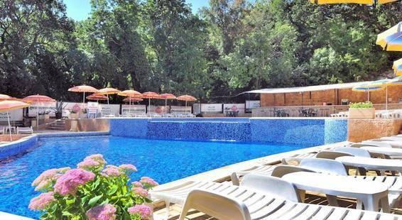 Paradise Green Park Hotel