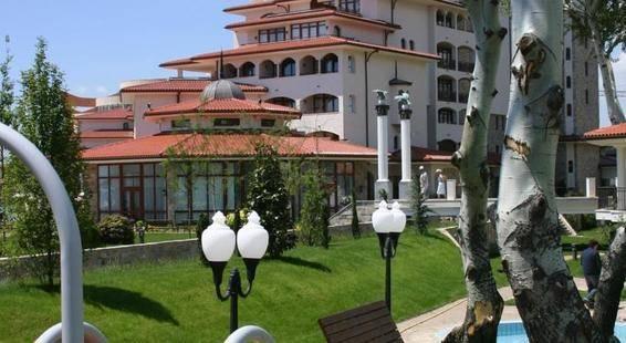 Royal Palace Helena Park Hotel