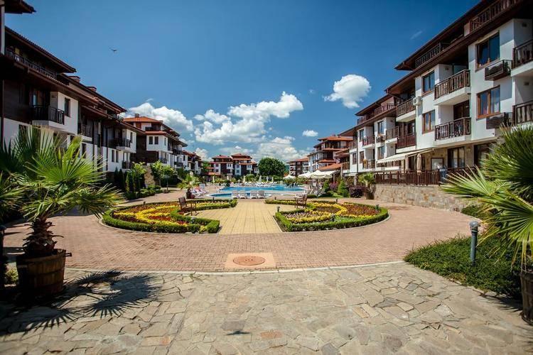 Saint Thomas Holiday Village