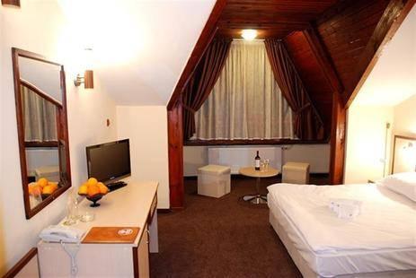Rodina Hotel