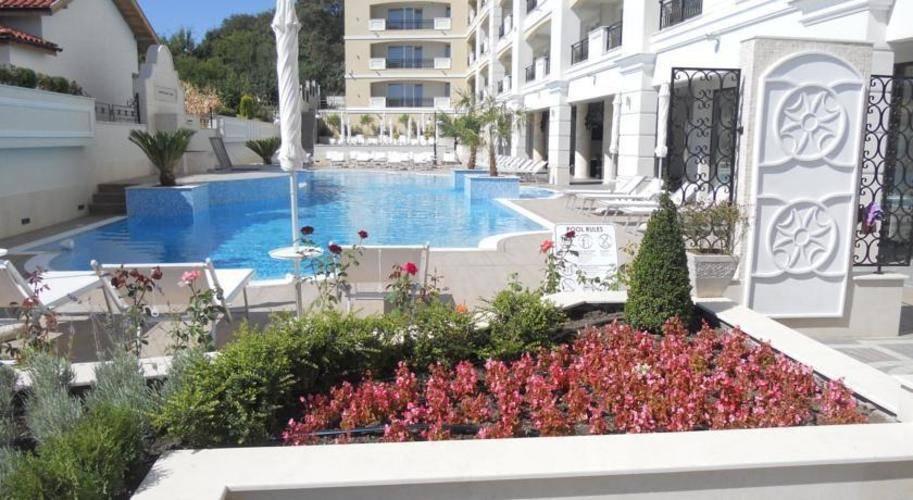 Penelopa Palace Apartments
