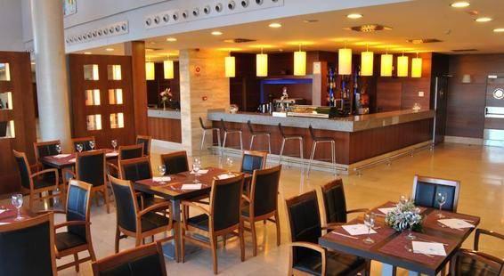 Avant Aeropuerto Hotel