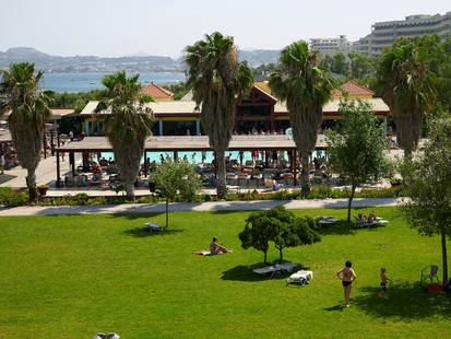 Esperides Beach Resort