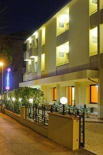 Vannucci Hotel