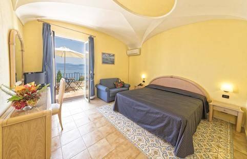 Oasi Castiglione Hotel