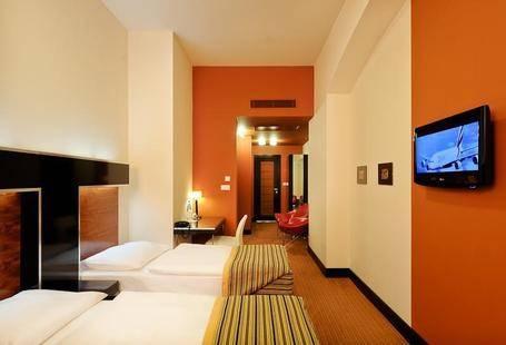 Grand Majestic Plaza Hotel