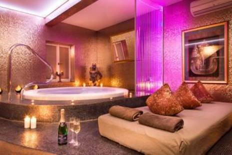 Royal Court Boutique And Spa