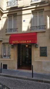 Luxia Hotel
