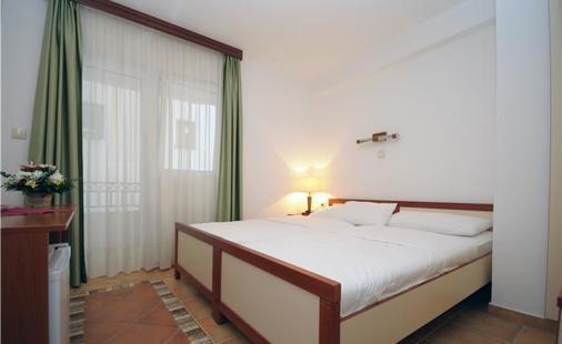 Apartments Ivona