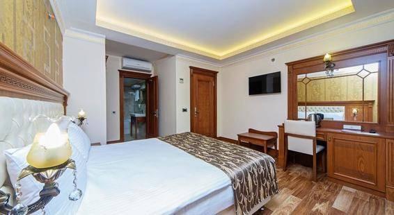 Lausos Palace Hotel