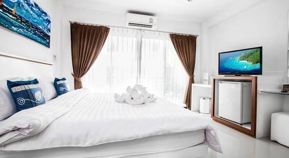 Modern Place Patong