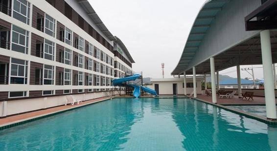 Glory Place Hotel
