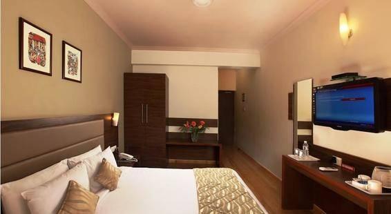 The Hawaii Comforts Hotel