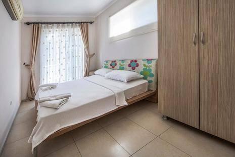 Golden Life Blue Green Residence