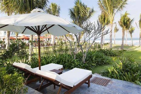 Riviera Beach Resort & Spa