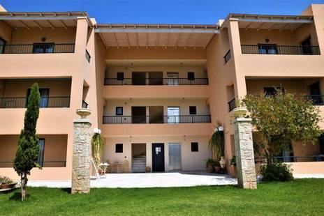 Golden Bay Apartments
