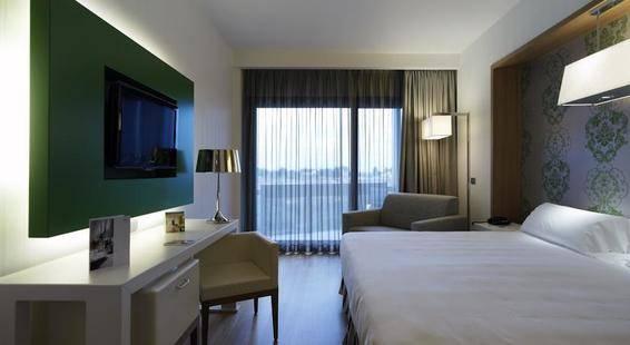 Nh Midas Hotel