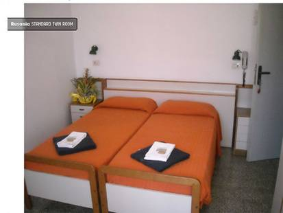 Ausonia Hotel