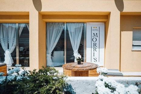 Morri's Hotel