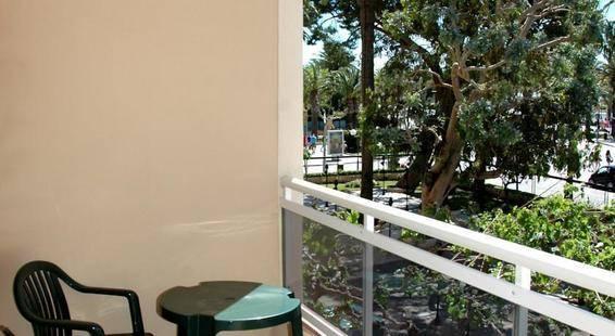 Planas Hotel