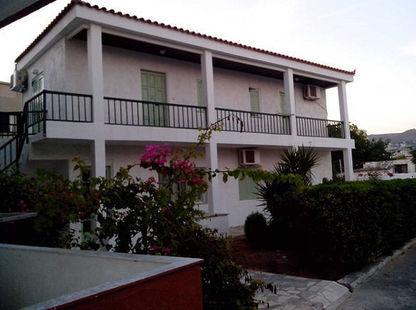 Haris Studios Apartments