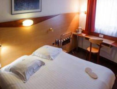 Kyriad Nice Port Hotel