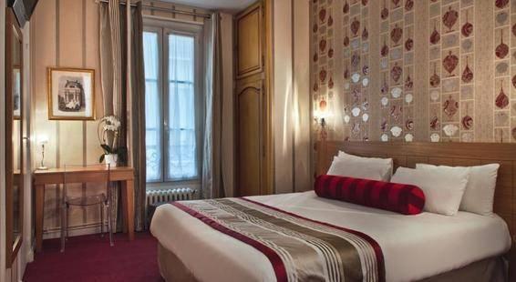 Romance Malesherbes Hotel
